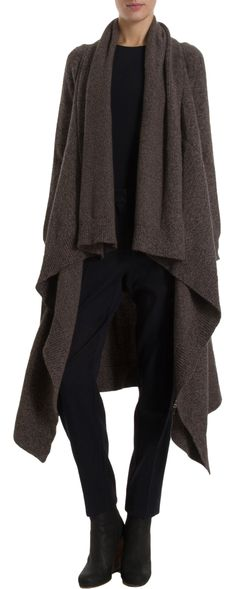 imagine in alpaca........ i have an Issey Miyake Vogue pattern from maybe the 80's that is this coat/cape. i have grey wool flannel to make this beautiful piece??