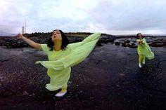 Novo clipe da Björk é um vídeo em 360 graus - pra se divertir assistindo - Blue Bus