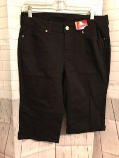 13.86$  Buy now - http://viyxx.justgood.pw/vig/item.php?t=972q6x759757 - NEW Faded Glory BLACK CHINO Bermuda Womens BLACK Shorts SIZE 10