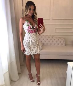 Image may contain: 1 person Sexy Dresses, Nice Dresses, Casual Dresses, Short Dresses, Fashion Dresses, Prom Dresses, Formal Dresses, Cute Fashion, Look Fashion