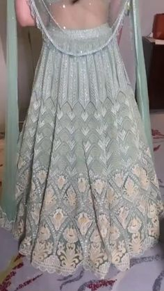 Indian Bridal Outfits, Indian Bridal Hairstyles, Indian Party Wear, Indian Bridal Makeup, Indian Designer Outfits, Hairstyles With Lehenga, Asian Bridal Jewellery, Anime Hairstyles, Hairstyles Videos