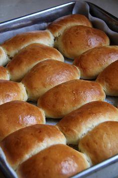 Donut Recipes, Bread Recipes, Baking Recipes, Cake Recipes, Israeli Food, Bread Bun, Easter Recipes, Hot Dog Buns, Baked Goods