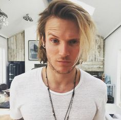 McBusted's Dougie Poynter has a haircut