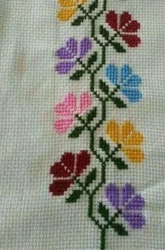Cross Stitch Pillow, Cross Stitch Bird, Cross Stitch Borders, Cross Stitch Flowers, Counted Cross Stitch Patterns, Cross Stitch Designs, Hand Embroidery Stitches, Crochet Stitches, Embroidery Patterns