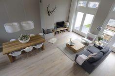 Wohnraum // hell / lichtdurchflutet / modern / stylisch by diana Home Living Room, Living Room Decor, Living Spaces, Dining Room, Living Room Inspiration, Minimalist Home, Sweet Home, New Homes, House Design
