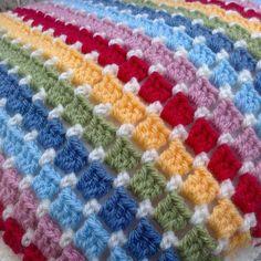 forestflowerdesigns coussin au crochet rayure arc-en-ciel The post Meet Crochet Lover Anthea of ForestFlowerDesigns appeared first on bébé. Crochet Afghans, Striped Crochet Blanket, Crochet Stitches For Blankets, Crochet Cushions, Crochet Pillow, Crochet Stitches Patterns, Knitted Blankets, Crochet Yarn, Knitting Patterns