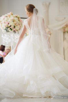 Gorgeous Bridal gown at the @Gracia Gomez-Cortazar Ormonde Wedding Style | The Luxury Wedding Source  and the @Sarah Ceglarski Cocomar bridal fashion show #graceormonde #cocomar