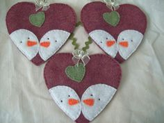 all hand stitched, a pair of snowmen on a heart, topped with a ribbon bow and tiny pearl. Felt Christmas Decorations, Christmas Ornaments To Make, Christmas Sewing, Felt Ornaments, Christmas Snowman, Felt Snowman, Snowman Crafts, Christmas Projects, Felt Crafts