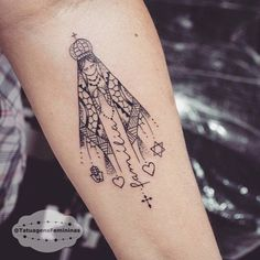 Nossa Senhora • Tattoo Artist: .  @Brunomazambane_ . ℐnspiraçãoℐnspiration . . #tattoo #tattoos #tatuagem  #tatuaje #ink #tattooed #tattooedgirls #família #TatuagensFemininas