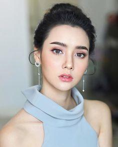 Nude Makeup, Sexy Makeup, Girls Makeup, Beauty Makeup, Hair Makeup, Bridal Makeup Looks, Natural Makeup Looks, Wedding Makeup For Brown Eyes, Asian Wedding Makeup