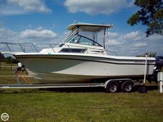 This Grady-White 252 Sailfish provides anglers with an easily maintained alternative to a larger boat!
