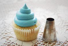 National Cupcake Week, Day One - Piping   Katiecakes