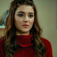 Beautiful Girl Image, Most Beautiful Women, Beautiful Celebrities, Beautiful Actresses, Prity Girl, Hayat And Murat, Cute Love Couple, Beauty Forever, Hande Ercel
