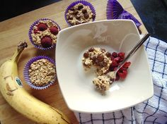 Baked porridge cups, a handy little breakfast you can enjoy warm or cold, with whatever toppings you like. Quick, healthy, tasty and will keep all week!