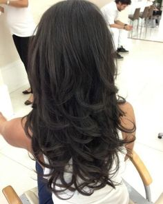 Pretty Black Layered Hair - Hairstyles and Beauty Tips Love Hair, Great Hair, Gorgeous Hair, Long Black Hair, Long Curly Hair, Hair Styles 2014, Curly Hair Styles, Pretty Hairstyles, Layered Hairstyles