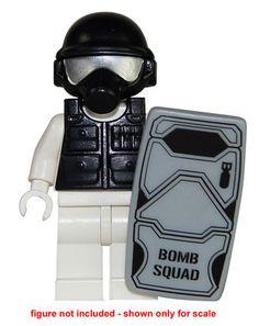 1 Set Bomb Squad Minifigure Accessories - Helmet, Gas Mask, Swat Vest & Shield