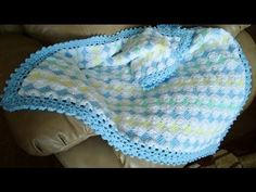 ▶ Mantita de Bebé en Punto Tunecino y Crochet (Parte 3) - YouTube