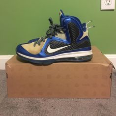 buy popular a1b27 23a77 Nike Shoes   Selling Men S Size 10.5 Customized Lebron 9   Color  Blue Cream    Size  10.5