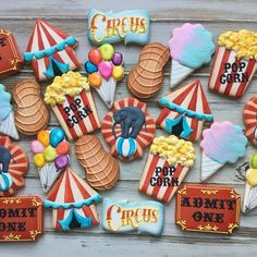 Step Right Up! Grab some popcorn and peanuts and come to the greatest show on earth! I'm so happy with how this entire set came out. Carnival Birthday Cakes, Dumbo Birthday Party, Circus First Birthday, Circus 1st Birthdays, Carnival Themed Party, 6th Birthday Parties, Birthday Ideas, Carnival Baby Showers, Circus Cookies