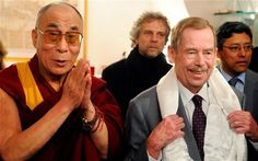 Havel was architect Fluwelen Revolutie Influential People, Dalai Lama, The Rock, Presidents, Hero, Memories, Stars, Couple Photos, Icons