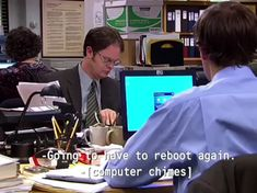 memes humor How to train your Dwight Funny Video Memes, Crazy Funny Memes, Funny Short Videos, Really Funny Memes, Funny Relatable Memes, Funny Jokes, Haha Funny, Dad Jokes, Hilarious