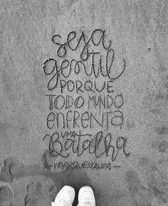 Seja gentil, porque você não sabe o que o outro lado está passando. Você não sabe quais batalhas diárias existem. Não julgue, apenas seja gentil. #oextraordinario #marquestalita (at Recife, Brazil)