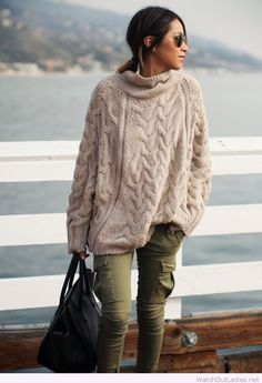 Knit sweater with skinny cargo jeans