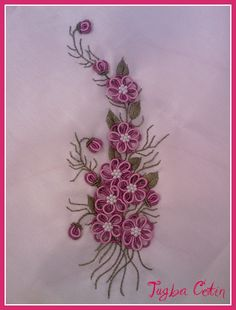Konsol örtüsü ~ Brazilian embroidery | Flickr - Photo Sharing!