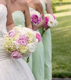 Spring wedding flowers!