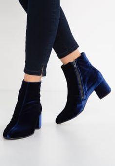 nouveaux styles grande remise beaucoup de styles Les 14 meilleures images de boots talon carré | Boots talon ...