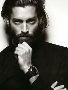 Maximiliano P - Red Collector- Sebastien Jardini (1)