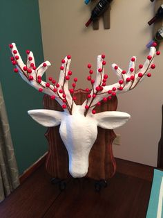 diy festive deer head mount super easy need paper mch deer head 13