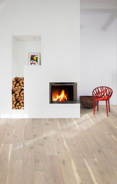 Kährs is a world-leading manufacturer of wood floors and vinyl floors which provides a complete flooring solutions for your home. Rustic Wood Floors, Wooden Flooring, Vinyl Flooring, Engineered Wood Floors, Hardwood Floors, Scandi Chic, Hallway Flooring, Wabi Sabi, Modern Rustic