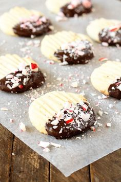 Could You Eat Pizza With Sort Two Diabetic Issues? These Chocolate-Tipped Butter Cookies Are Buttery, Tender, And Are So Fun To Customize Best Grill Recipes, Best Dessert Recipes, Easy Desserts, Holiday Recipes, Cookie Recipes, Christmas Recipes, Xmas Food, Christmas Desserts, Christmas Treats
