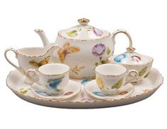 Karly's Butterflies Girl's Tea Set in Gift Box - Assorted Girls Tea Sets - Roses And Teacups  - 1