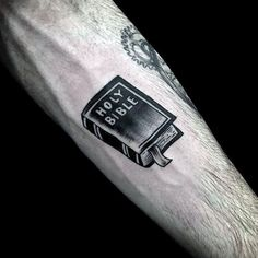 Discover sacred beliefs and spiritual icons with the top 101 best religious tattoos. Explore innovative ink design ideas with a holy purpose. Bible Tattoos, Bible Verse Tattoos, Tattoo Quotes, Jesus Tattoo, Traditional Tattoo Cross, Traditional Tattoo Design, Cross Tattoo Designs, Tattoo Designs Men, Cool Tattoos For Guys