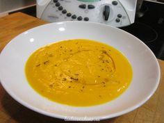 Receta de crema de calabaza con Thermomix. Aprovecha el calor del Varoma para cocinar otro plato al vapor!