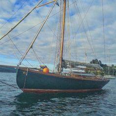 #Sauntress #oldpictures #sailors #marinos #sailing #navegantes #talla #engrave #carvings #woodcutting #woodwork #artesania #es#estaes__spain #somosgalegos #landscape #galicia_mola #galiza ...Sauntress old Picture...Porto de redes..un saludo.. de joseluisromansaavedra