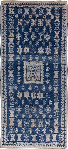 Vintage Rugs: Vintage Rug Moroccan interior decor, blue rug in living room