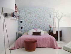 40 Small Bedrooms Ideas To Make Your Home Look Bigger - http://freshome.com/2012/10/30/30-small-bedrooms-ideas-to-make-your-home-look-bigger/