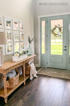 New Homes, Home Decor Inspiration, Home And Living, Decor, Interior Design, Farmhouse Console Table, Home Remodeling, Front Room, Home