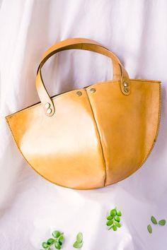 72f05902b55 Genuine leather tote bag   leather bag   handmad bag  woman bag   handbag  Bolsas