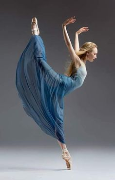 Nastia Alexandrova (City Ballet School San Francisco)