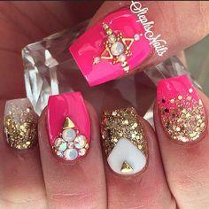cool Stephanie Rochester @_stephsnails_ #hotpink#gold#chu...Instagram photo | Websta