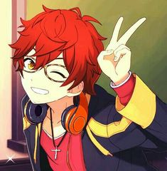 707, peace sign, winking; Mystic Messenger