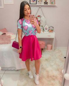 Sweet pink midi skirt t-shirt - ChicLadies. Modest Outfits, Skirt Outfits, Classy Outfits, Modest Fashion, Skirt Fashion, Pretty Outfits, Fall Outfits, Casual Outfits, Fashion Dresses
