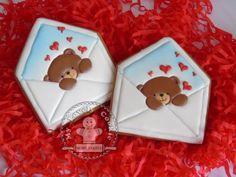 (99) Одноклассники Valentine's Day Sugar Cookies, Bear Cookies, Galletas Cookies, Spice Cookies, Ginger Cookies, Valentines Sweets, Valentines Day Cookies, Holiday Cookies, Cookie Frosting