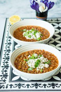 Persialainen linssikeitto Zaatar-juustolla - Sweet Food O´Mine Sweet Recipes, Curry, Ethnic Recipes, Food, Curries, Essen, Meals, Yemek, Eten