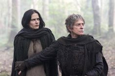 Eva Green & Patti LuPone as Vanessa Ives & Joan Clayton, The Cut-Wife (Penny Dreadful) Penny Dreadful Season 3, Penny Dreadful Tv Series, Eva Green Penny Dreadful, Vanessa Ives, Patti Lupone, Literary Characters, Victorian London, Provocateur, Movies