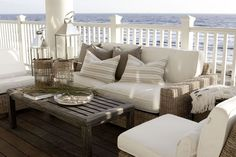 Outdoor wicker seating | Coastal Chic